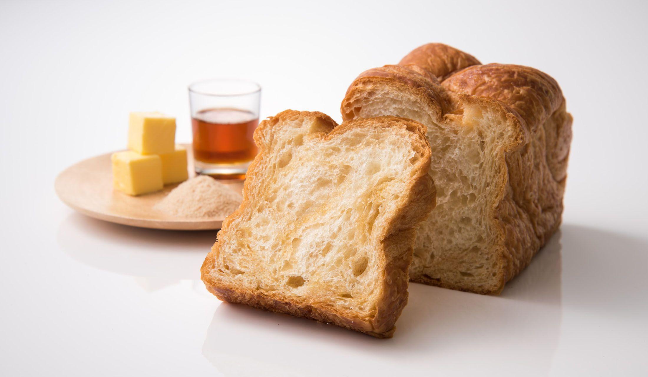 究極の「デニッシュ食パン ミヤビ」