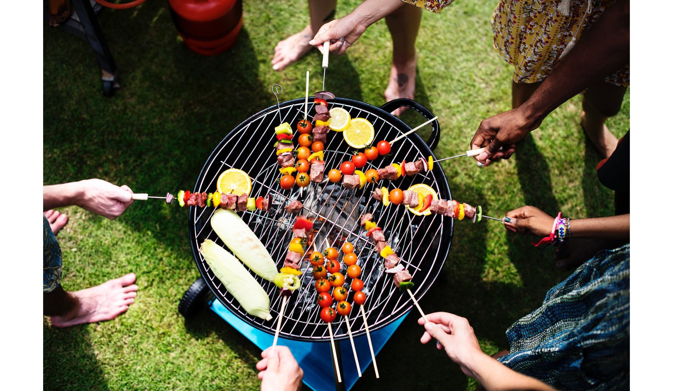 バーベキューをラグジュアリーに楽しむための肉・料理・道具選びの極意