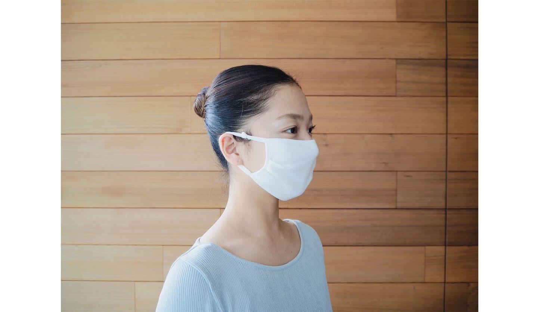 運動をする際にも使える!接触冷感素材のマスク