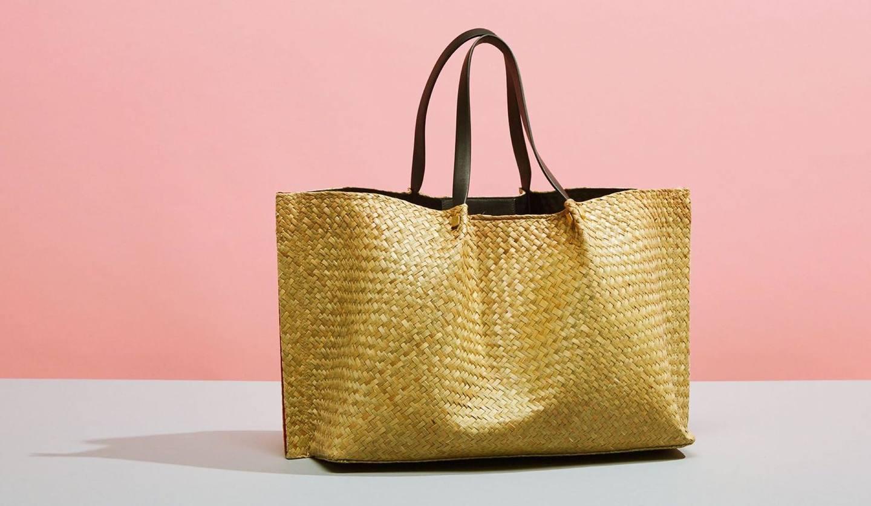 VALENTINO(ヴァレンティノ)の新作かごバッグの写真