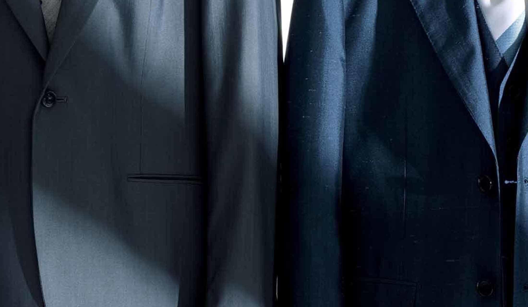 シルク素材のスーツ