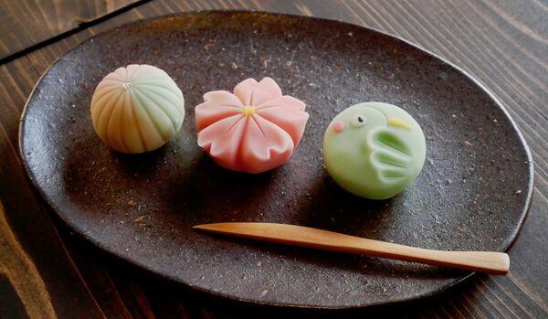 チーズケーキのような練り切りが話題! 洋菓子派の人も虜にする和菓子Bar「かんたんなゆめ」とは