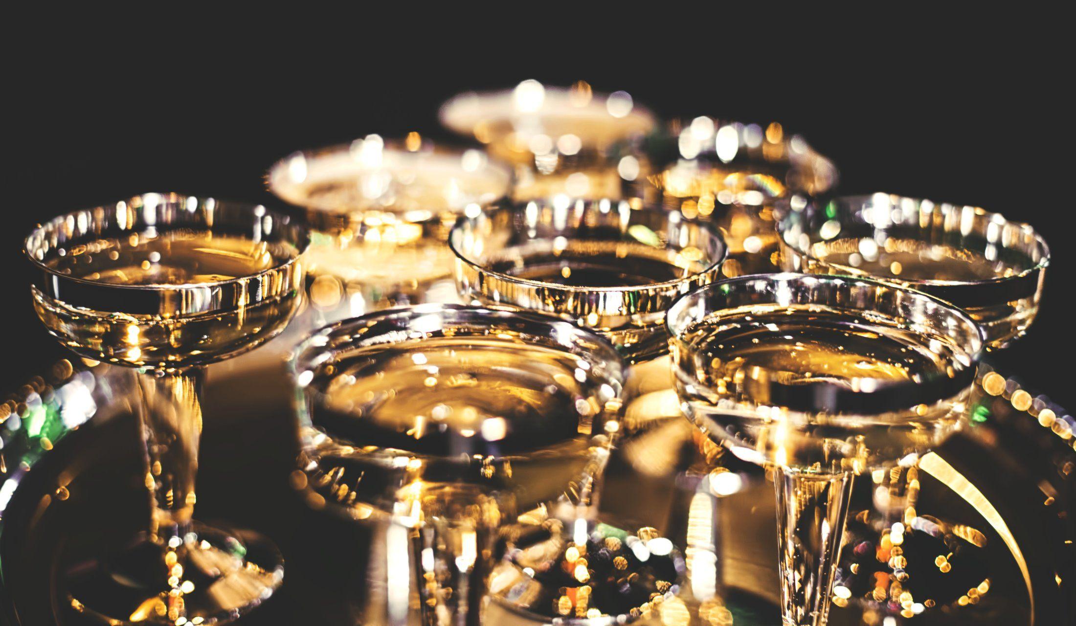 金色のグラス