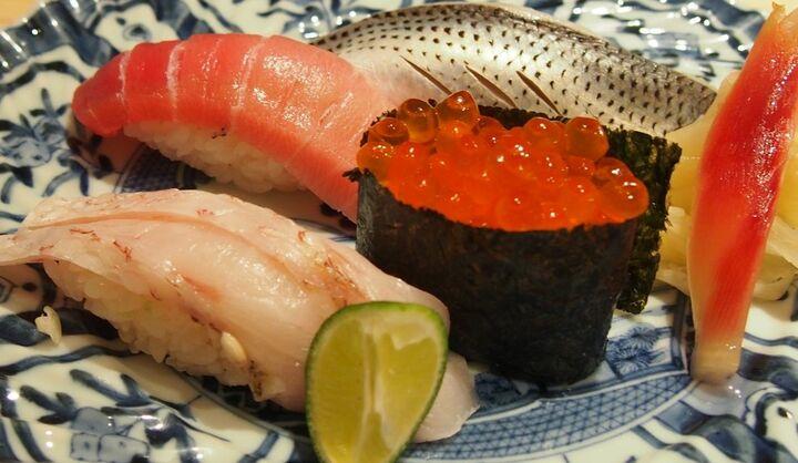天然本まぐろありそ鮨しの寿司