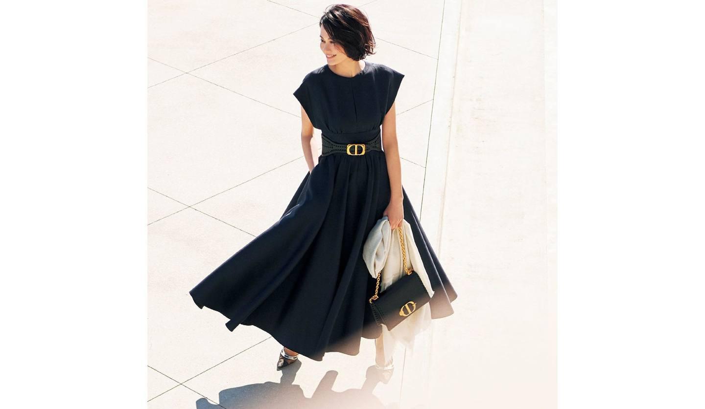 ディオールのネイビーのドレス
