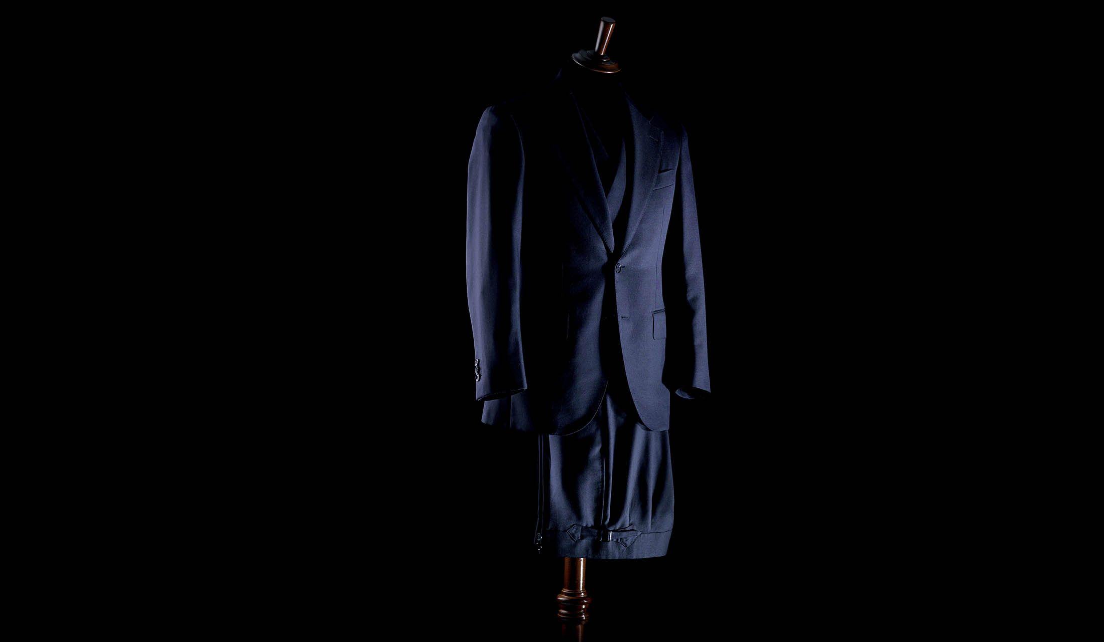 アルデックスのスーツ