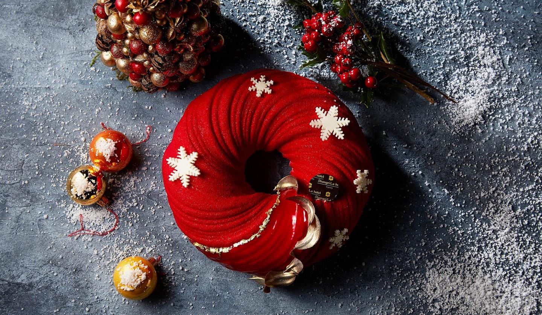 シャングリ・ラ ホテル 東京「ザ・ブティック by シャングリ・ラ」のクリスマスケーキ「フレーズ デ ボア」