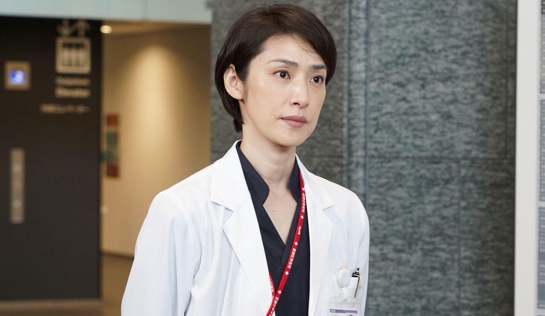 『トップナイフ―天才脳外科医の条件―』深山瑤子(天海祐希さん)©日本テレビ