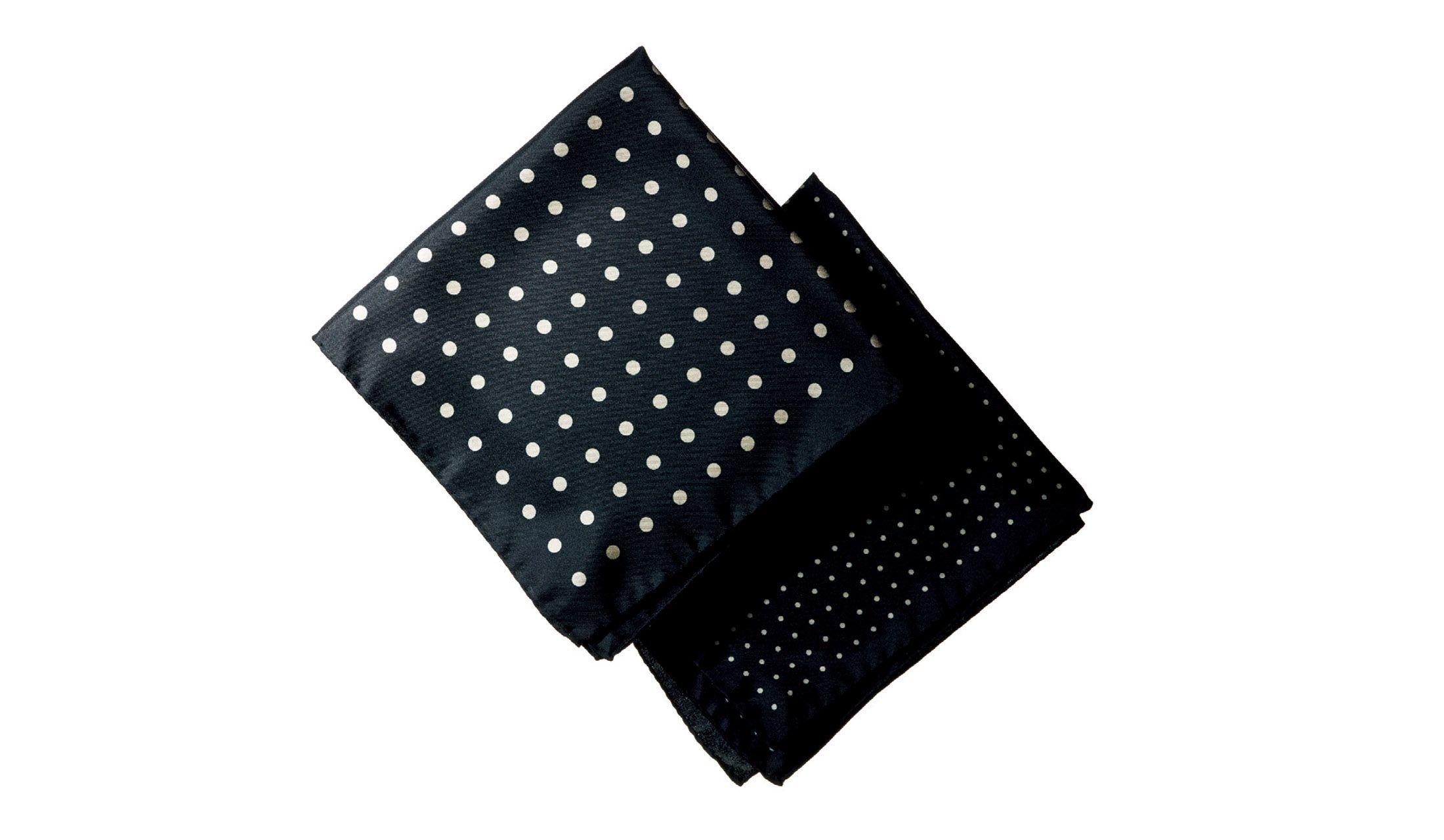 ストラスブルゴのポケットチーフ