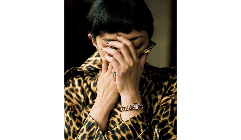 板谷由夏さんと、ヴァン クリーフ&アーペルの時計『ブトンドール ミディアムモデル ウォッチ』