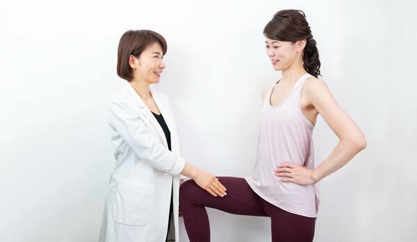 簡単スクワットで痩せ体質に!内転筋を鍛えて美脚&スタイルアップが実現