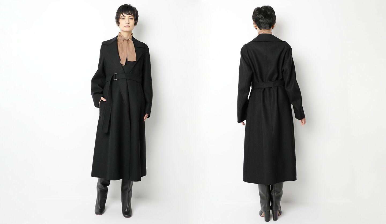 「ブラミンク」の黒のドレスコートの着こなし