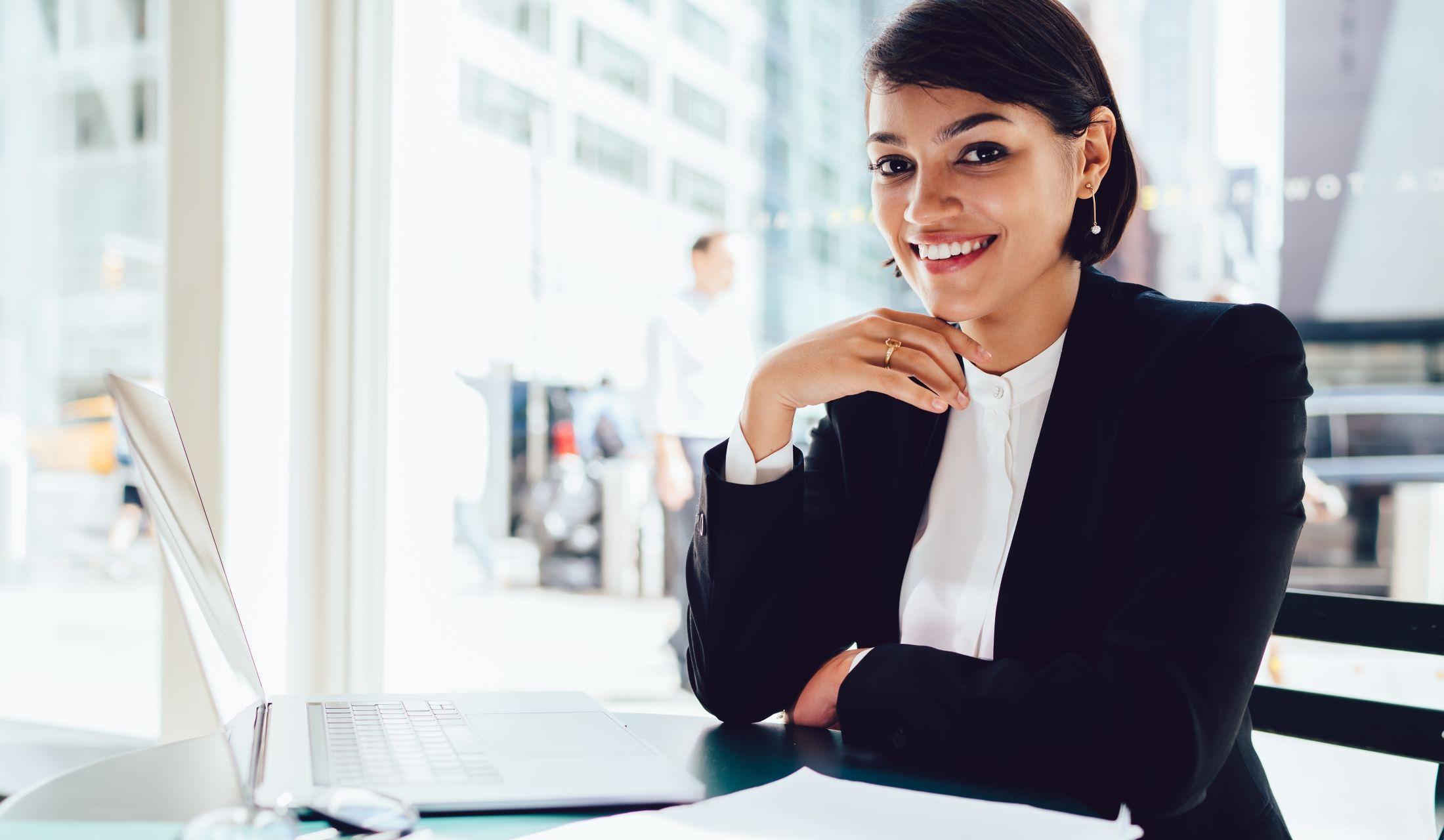 ニューヨークの女性弁護士は超コンサバ日米比較でわかった