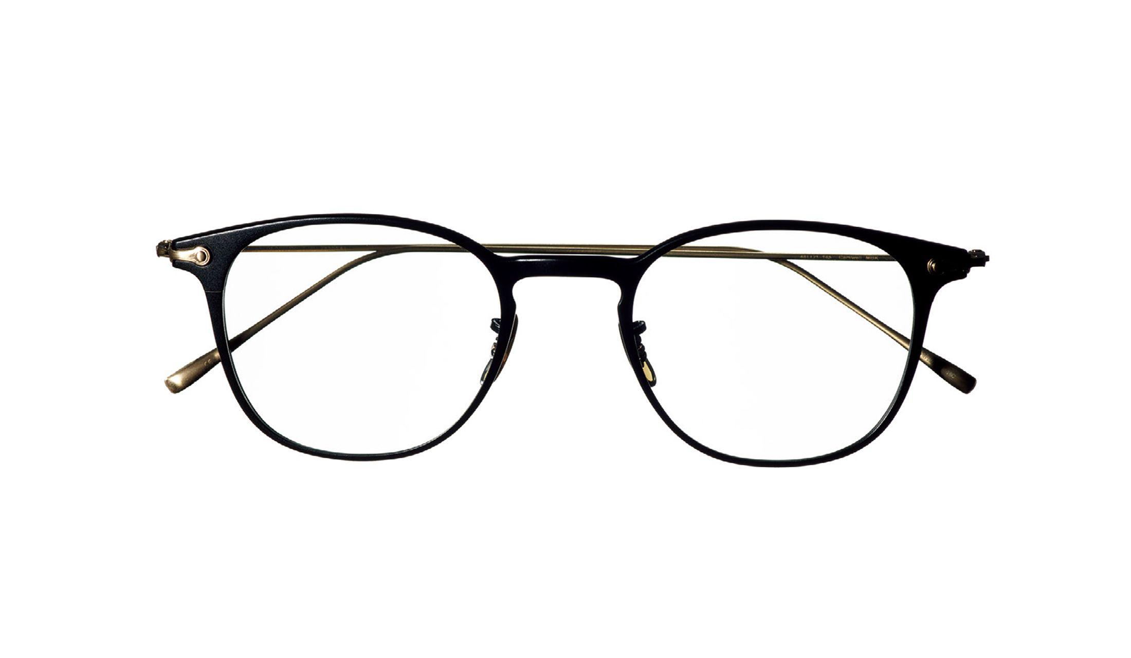 オリバーピープルズの黒フレーム眼鏡
