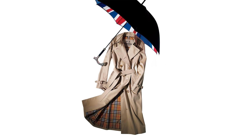 バーバリーのコートとフォックス・アンブレラズの傘