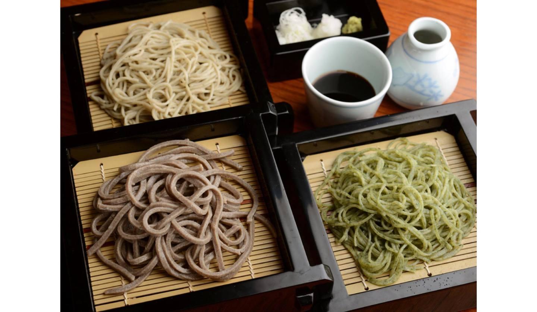 赤坂 そば切り 観世水の3種類のそば