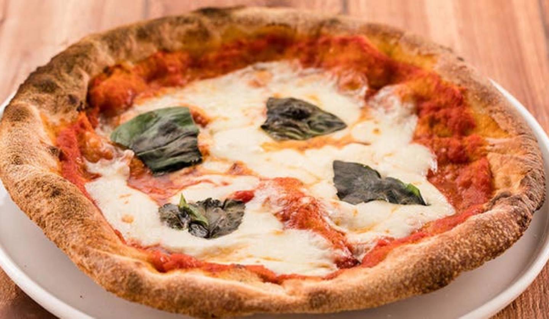 (ラココリコ) 横浜赤レンガ倉庫店のピザ