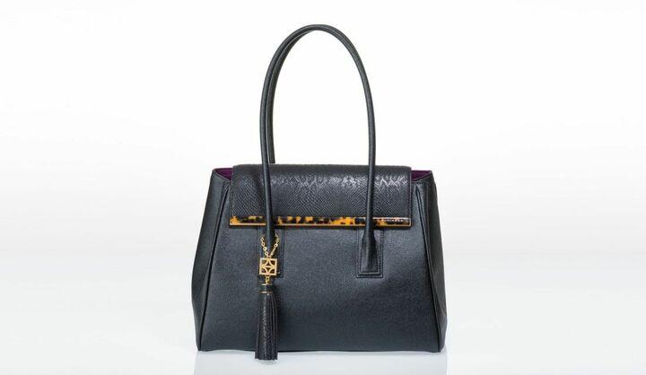 FUMIKODAのバッグ「ARIANNA」