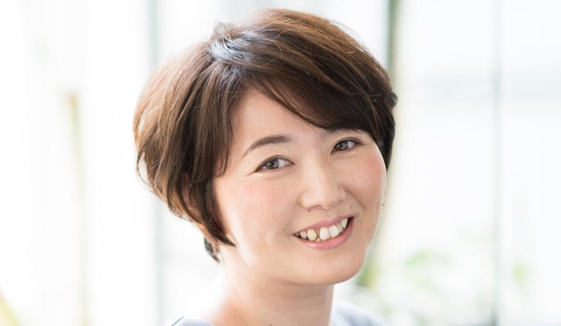 FIX-UP のスタイリスト、幡矢智之さんが手がけたショートヘア