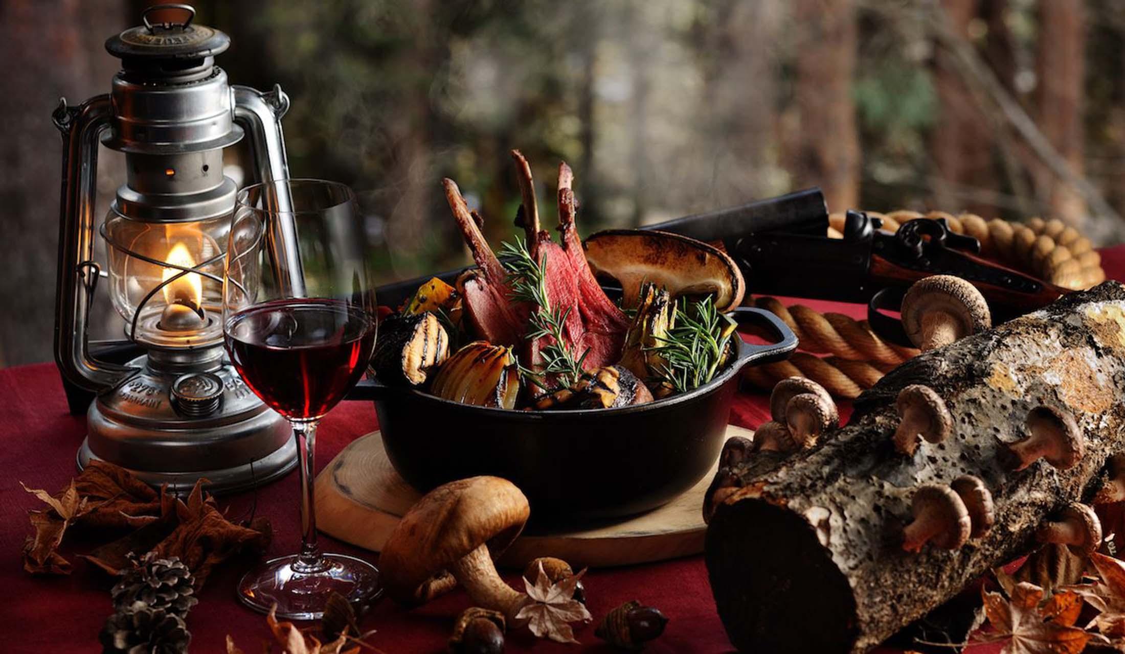 星のや富士の「秋の狩猟肉ディナー」