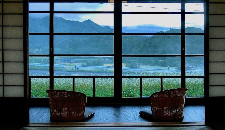 「長寿屋」の縁側からの風景