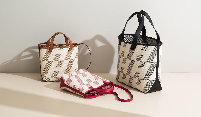 エルメスの新作バッグ「H・アン・ビエ」