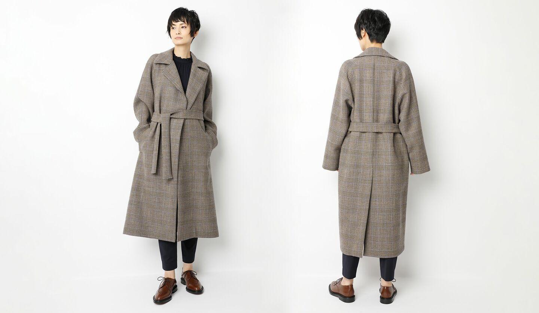 「レ・コパン」のグレンチェックコートの着こなし