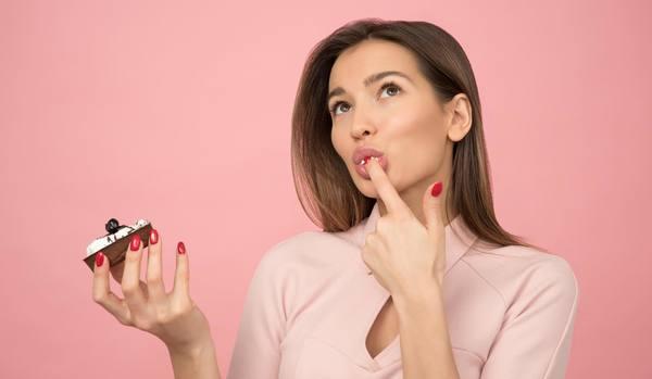 自己嫌悪につながる!「悪い癖をやめられない人」が無意識にやっている危険な習慣7選