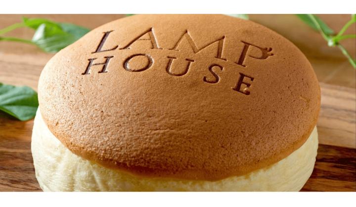 LAMP HOUSEのチーズケーキ