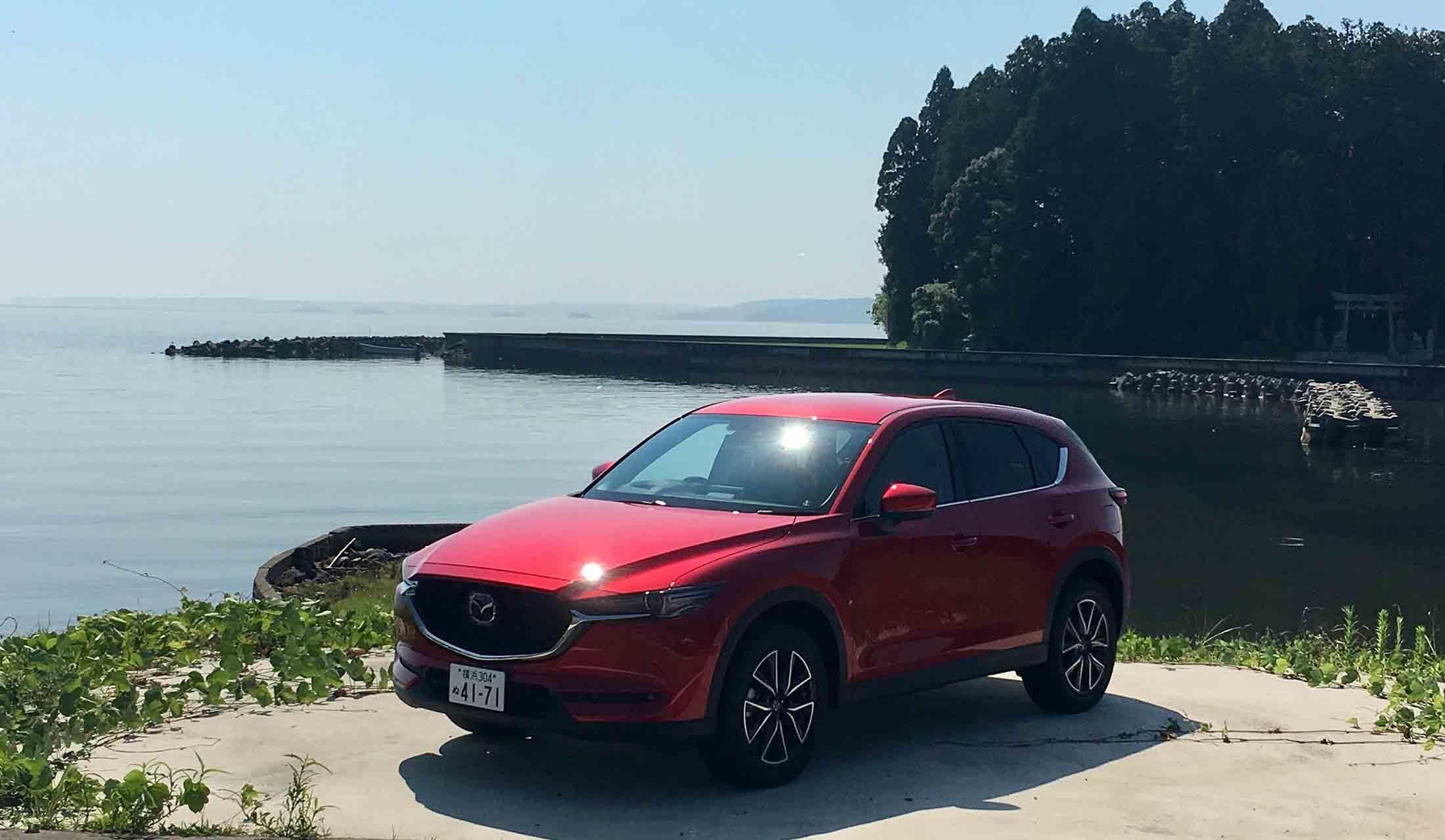 日本の自動車メーカー、マツダの車CX-5