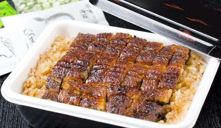 「「しら河」(名古屋市西区)の高級弁当「うなぎ弁当」