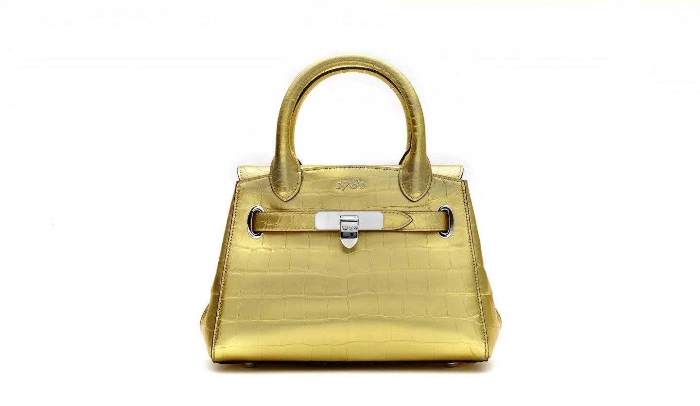 「アスプレイ」の究極のハンドバッグに、特別カラーが登場