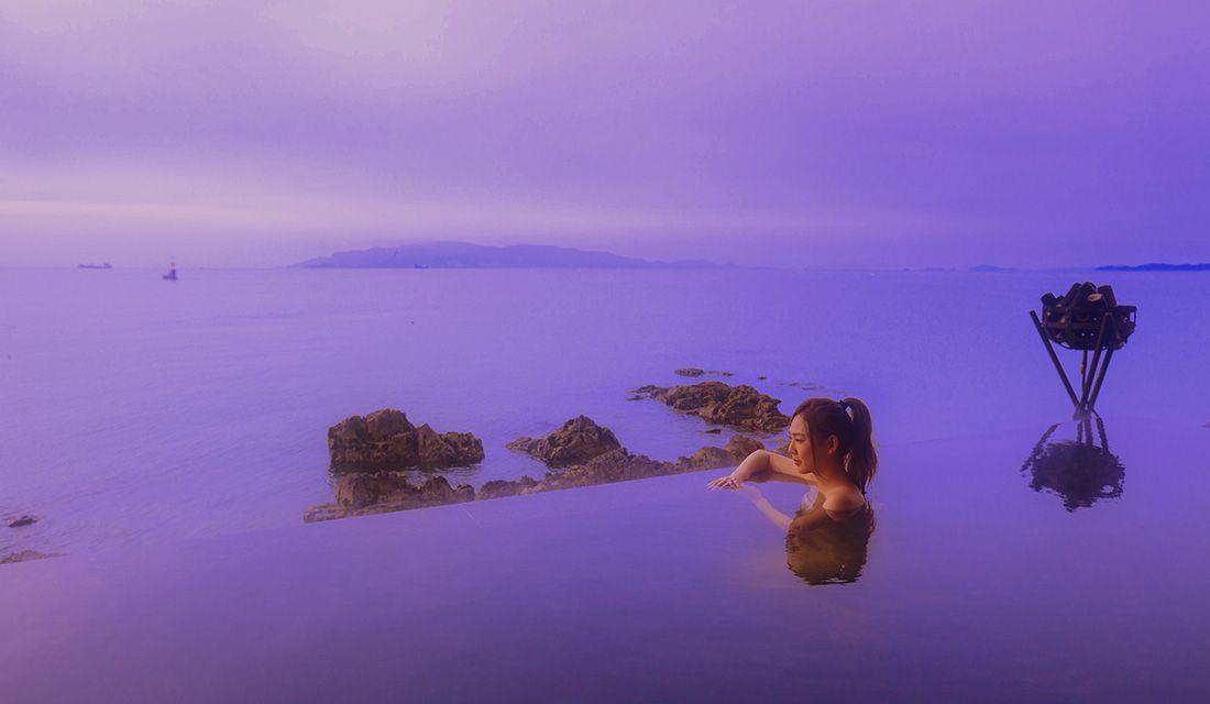 瀬戸内海に溶け込むような露天風呂が人気の「銀波荘」(兵庫県赤穂市)