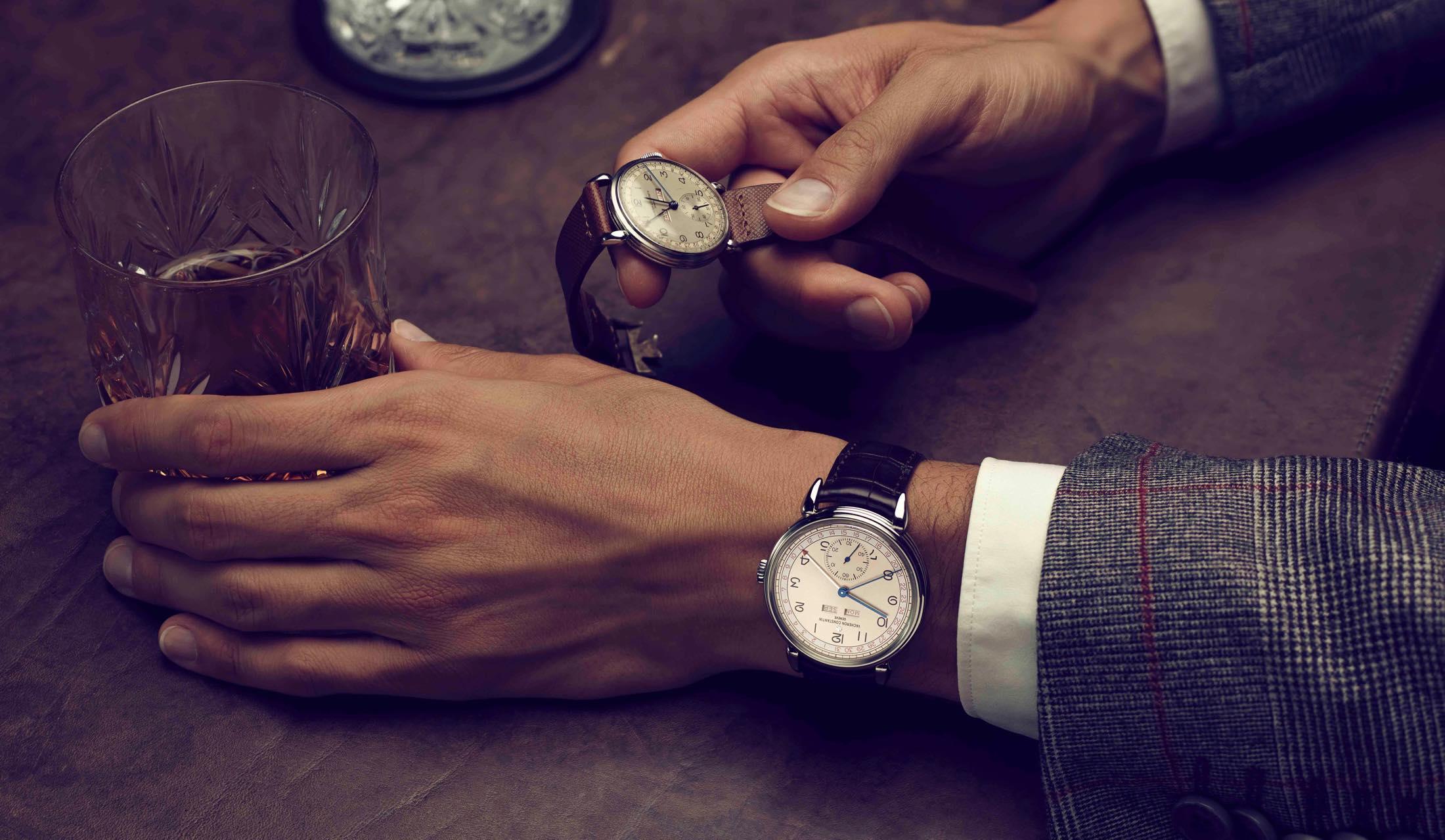 ヴァシュロン・コンスタンタンの時計「ヒストリーク・トリプルカレンダー1942」