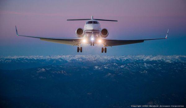 最高に快適な空の旅ができる「プライベートジェット」はおいくら?意外にも利用目的はアレがほとんど