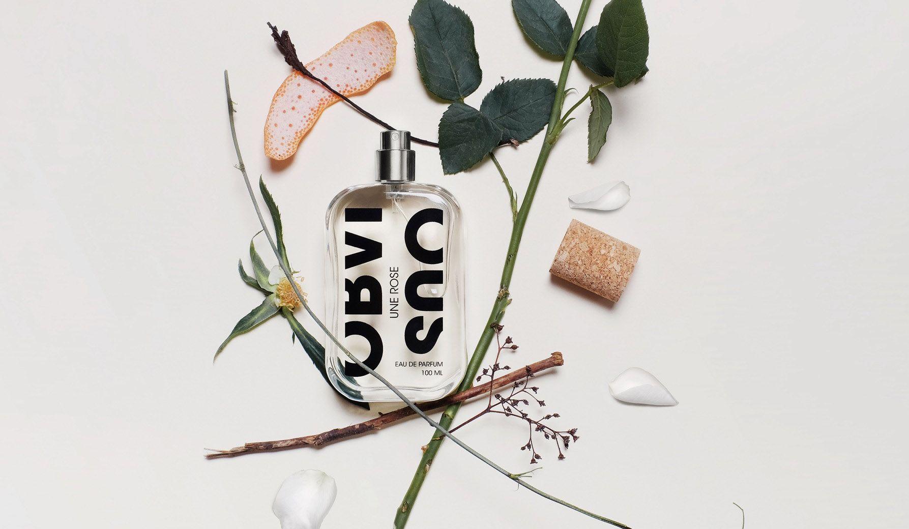 オブヴィアスの香水「UNE ROSE(ユヌ ローズ)」