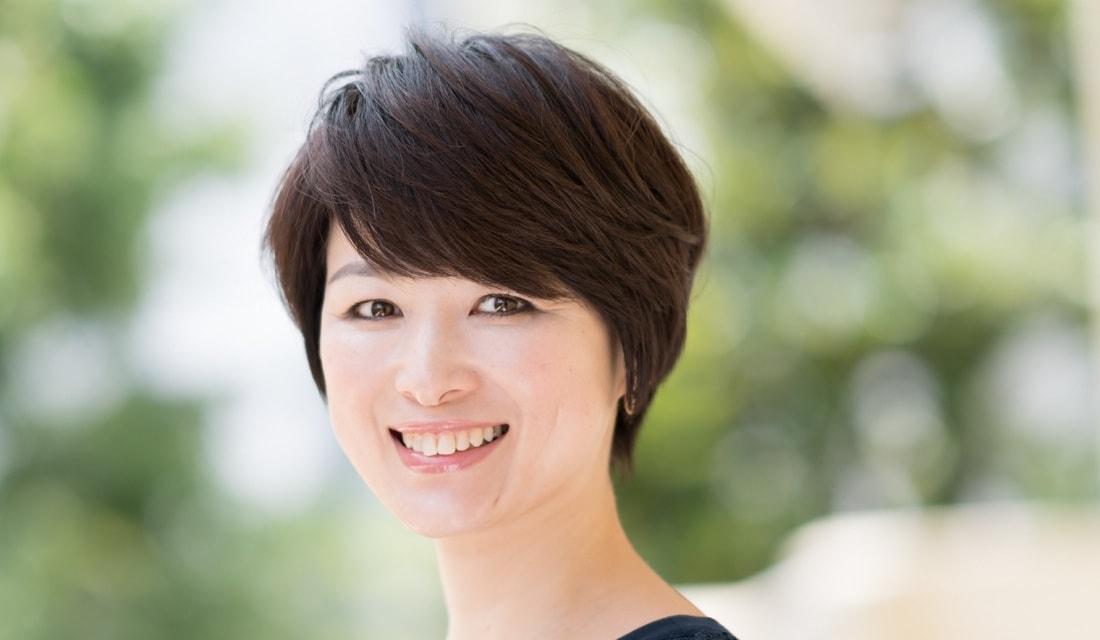 六本木美容室 白金店の副店長・田島沙智子さんが手がけたショートヘアの女性