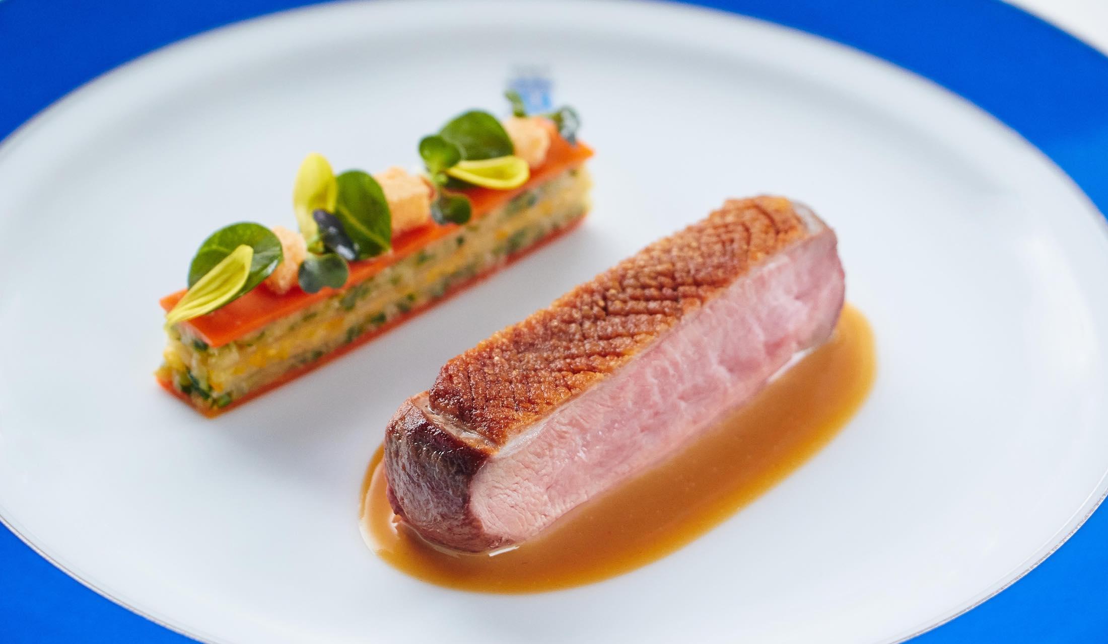 トゥールダルジャンの鴨料理