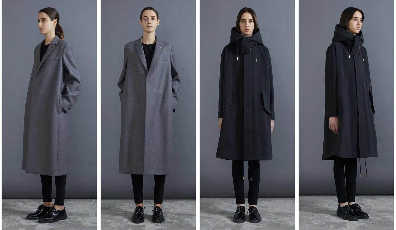 ザ・リラクスの2019年秋冬のコートを着用したモデル