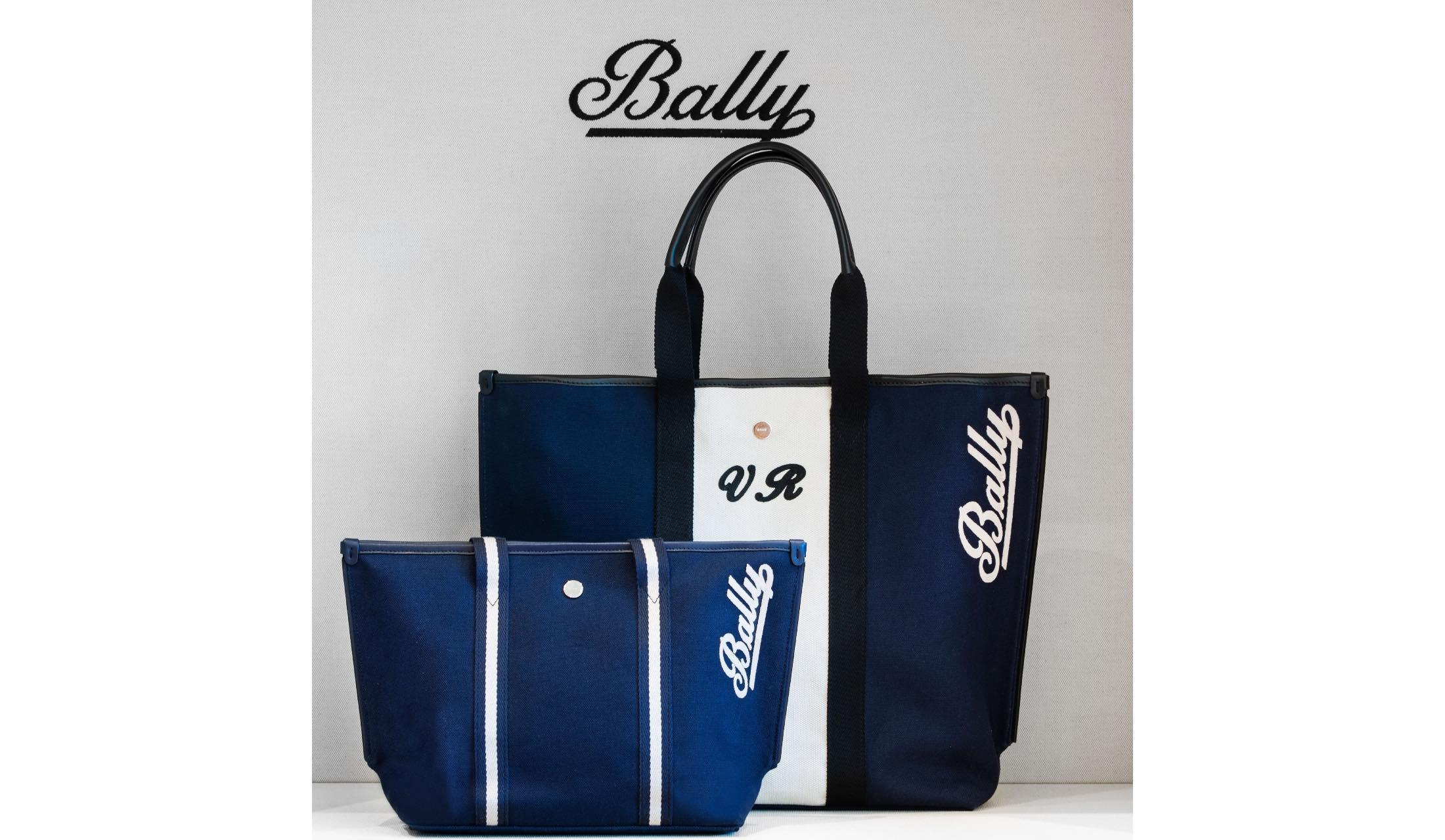 イニシャルを刻印できるBALLY(バリー) のキャンバスバッグ