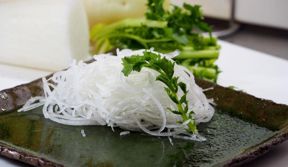 つま 刺身 リメイク の 意外と知らない刺身の『ツマ』を解説 あなたは食べる?食べない?