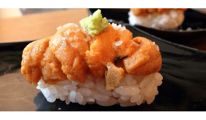 鮨 地魚 あら井のうに乗せ寿司