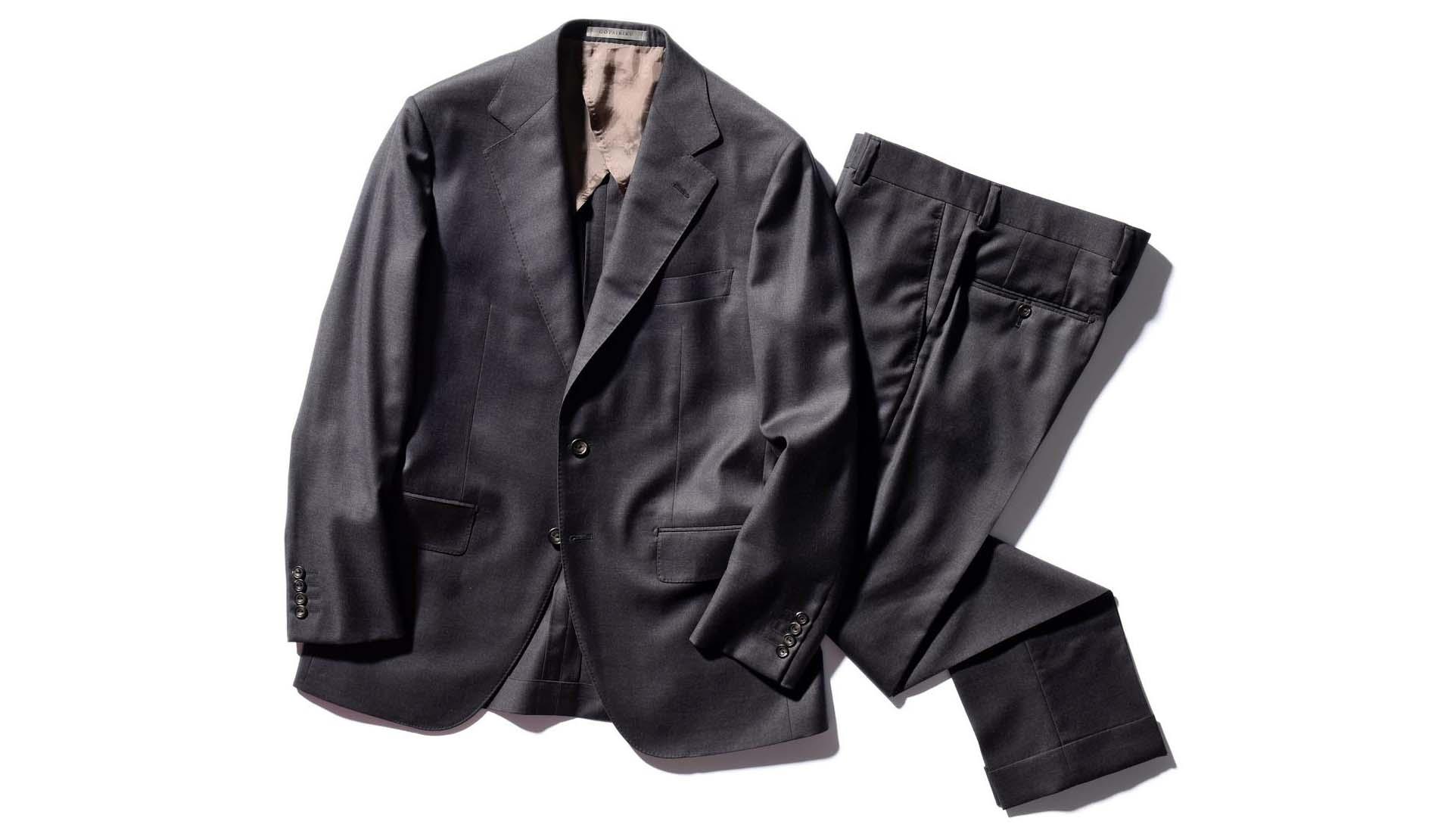 GOTAIRIKUのスーツ