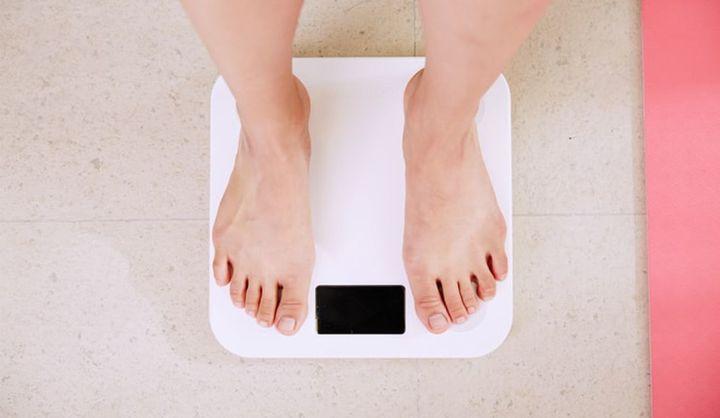 「コロナ太り」のイメージ画像