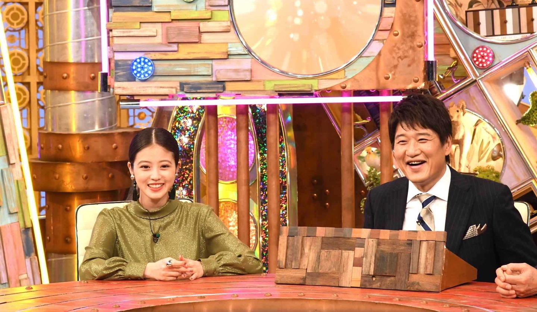 ポツンと一軒家 今田美桜さんと林修さん ©ABCテレビ